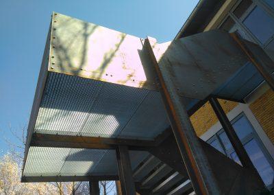 Fluchttreppe GS Kirchheimbolanden - Stahlbau Metallbau Hallenbau Schlosser Schlosserei Kirchheimbolanden Alzey Worms Kaiserslautern Winnweiler Donnersberg Mainz Wiesbaden Frankfurt Mannheim Ludwigshafen