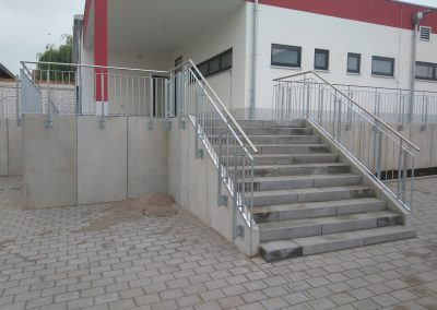 Geländer Feuerwehr Offstein - Stahlbau Hallenbau Metallbau Geländer Offstein Monsheim Alzey Worms Kirchheimbolanden
