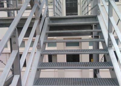 Treppe TU Kaiserslautern - Fluchttreppe in Stahlbauweise