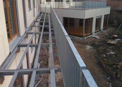 Fluchtbalkon in Stahlbauweise Kita Wiese Kunterbunt, Klein-Winternheim bei Mainz